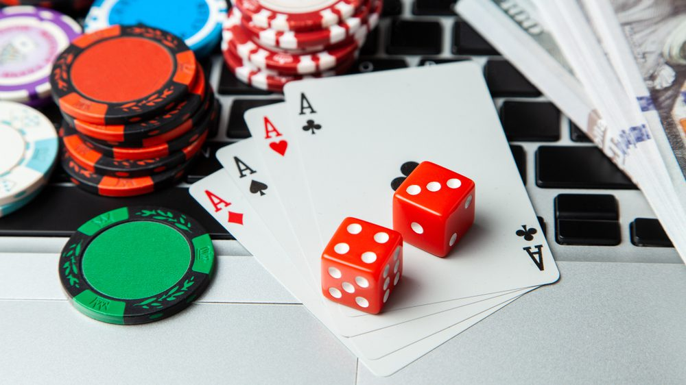 5 Information Everybody Ought To Learn About Online Casino